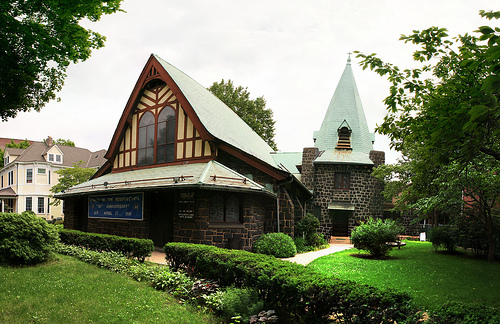 Church of the Resurrection in Richmond Hill, Queens. Image 1